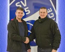 Spielerobmann Tim Damhuis freut sich auf die Zusammenarbeit mit dem neuen Trainer Stefan Kohne (rechts) in der nächsten Saison